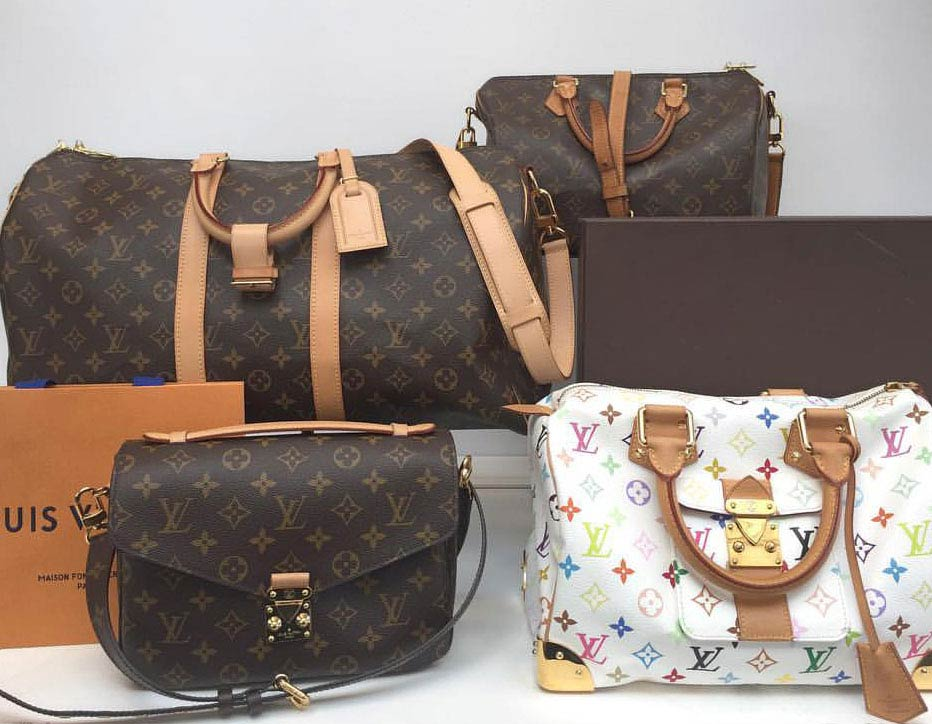 Ladies & Men's Pre-owned and New Clothing and Accessories